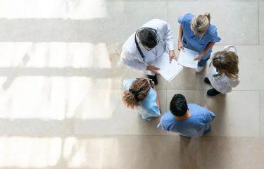 骨盤臓器脱手術でどんな麻酔をするの?安全? 麻酔の安全性は極めて高いです。
